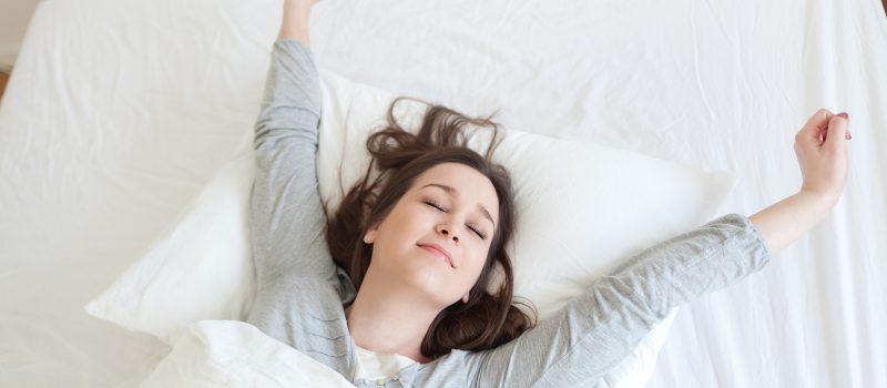 Espreguiçar: alongamento prazeroso que faz bem à saúde